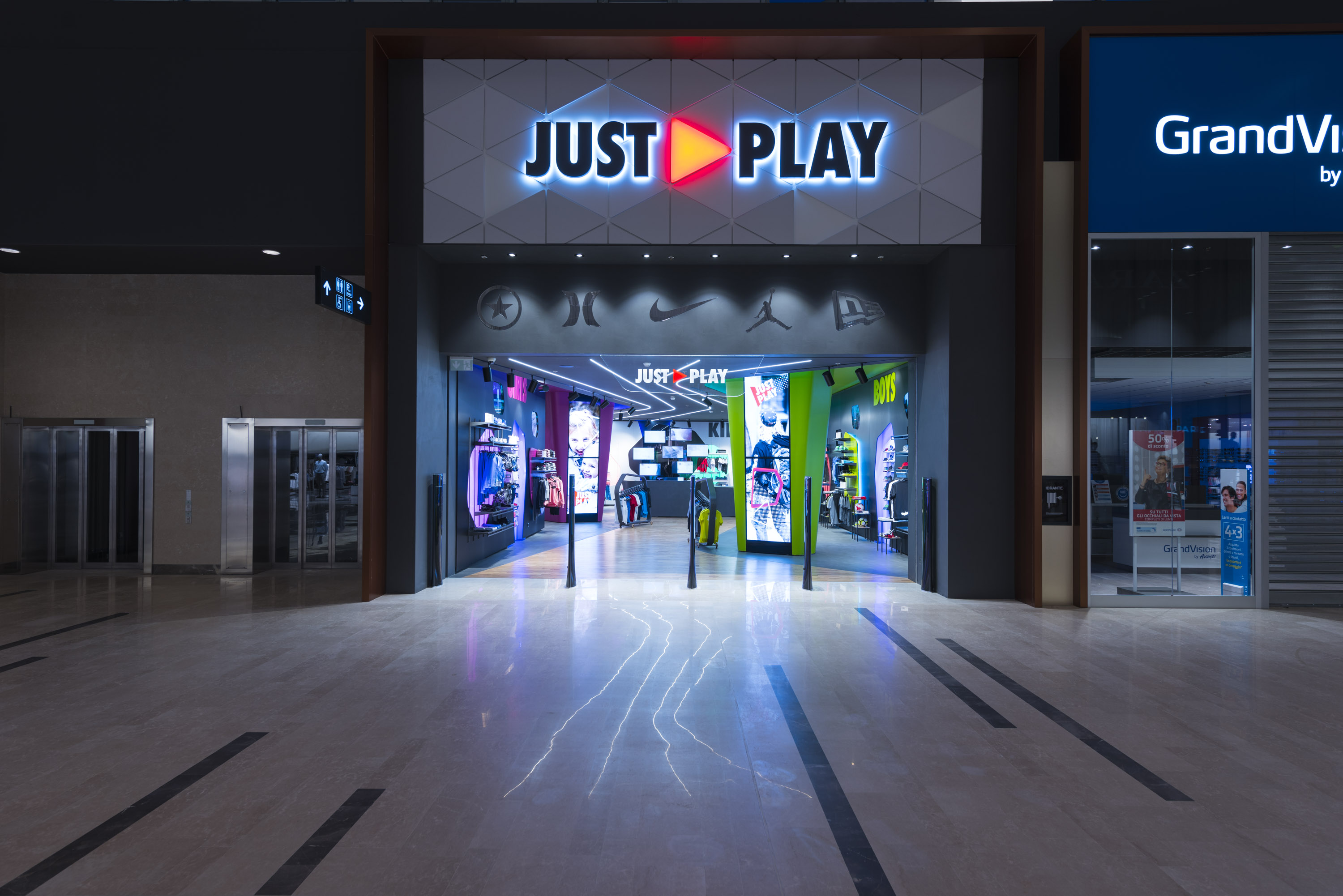 Just Play ingresso