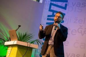 Conferenza di Alberto Apostoli